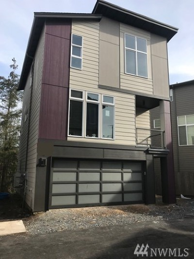 Lynnwood Condo/Townhouse For Sale: 15030 13th Place W #41