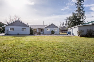 Lynden Single Family Home For Sale: 473 W Badger Rd