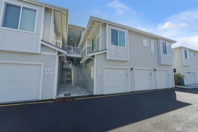 Bothell Condo/Townhouse For Sale: 14915 38th Dr SE #ff1024