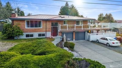Tacoma Single Family Home For Sale: 1802 N Skyline Dr