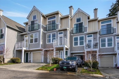 Mukilteo Condo/Townhouse For Sale: 11041 E Villa Monte Dr