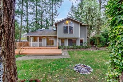 Lakewood Single Family Home For Sale: 10212 Interlaaken Dr SW