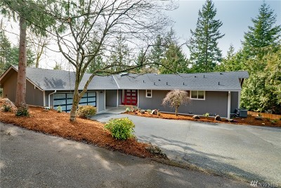 Mercer Island Single Family Home For Sale: 6126 W Mercer Wy