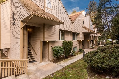 Bellevue Condo/Townhouse For Sale: 14530 NE 44th St #L2