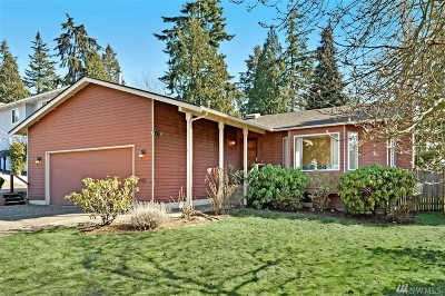 Kirkland Single Family Home For Sale: 11631 NE 75th Place