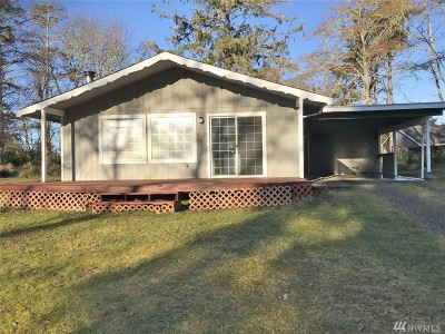 Grays Harbor County Single Family Home For Sale: 611 Duck Lake Dr SE