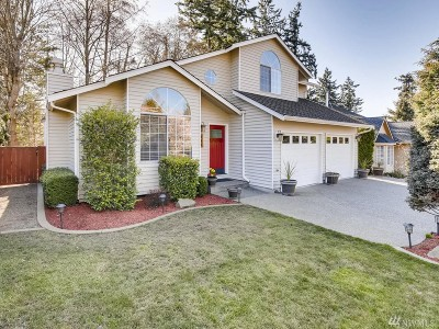 Mukilteo Single Family Home For Sale: 985 Goat Trail Loop Rd