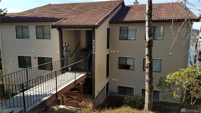 Thurston County Condo/Townhouse For Sale: 920 East Bay Dr NE #3C102