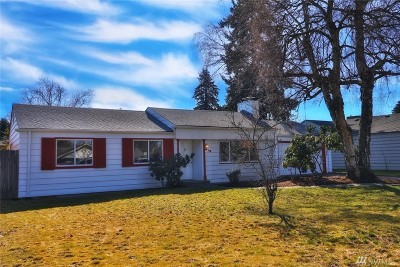 Tacoma Single Family Home For Sale: 618 111th St S