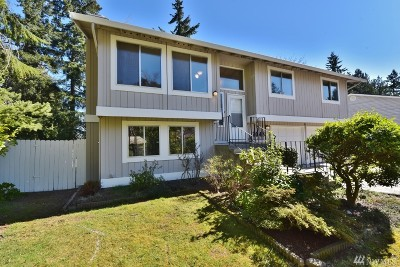 Bremerton Single Family Home For Sale: 7048 Corfu Blvd NE