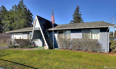 Tacoma Single Family Home For Sale: 8402 E G St