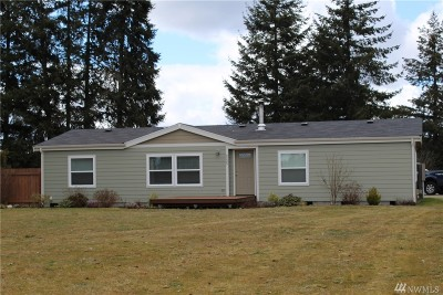 Yelm Single Family Home Pending: 9225 Mountain View Rd SE