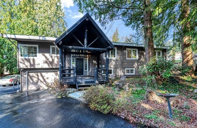 Lynnwood Single Family Home For Sale: 1227 S. Lake Stickney Dr