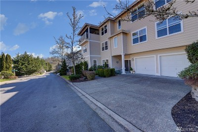 Issaquah Condo/Townhouse For Sale: 22615 SE 44th Place #1634