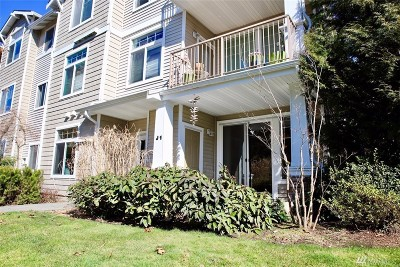 Snohomish Condo/Townhouse For Sale: 14007 69th Dr SE #J1