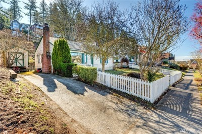Bellingham Single Family Home For Sale: 328 N Forest St