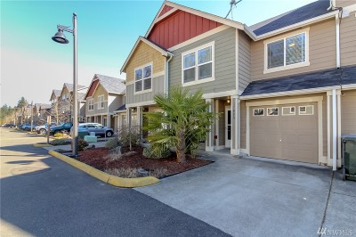Puyallup Condo/Townhouse For Sale: 17805 79th Av Ct E