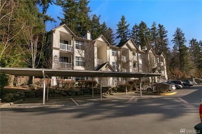 Issaquah Condo/Townhouse For Sale: 23420 SE Black Nugget Rd #G102