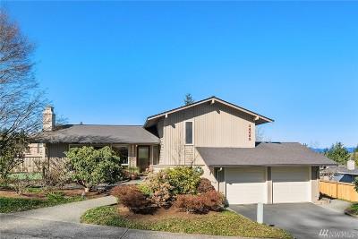 Redmond Single Family Home For Sale: 14020 NE 73rd St