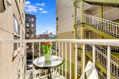 Seattle Condo/Townhouse For Sale: 506 Howell St #E208