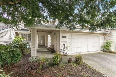 Bellevue WA Condo/Townhouse For Sale: $615,000