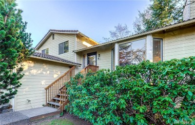 Lynnwood Single Family Home For Sale: 5516 175th St SW