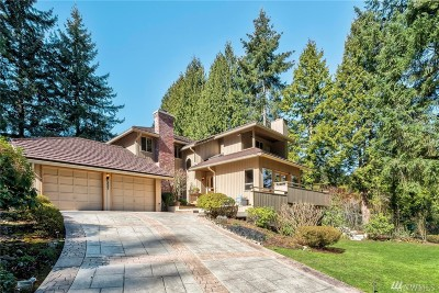 Redmond Single Family Home For Sale: 2227 W Lake Sammamish Pkwy NE