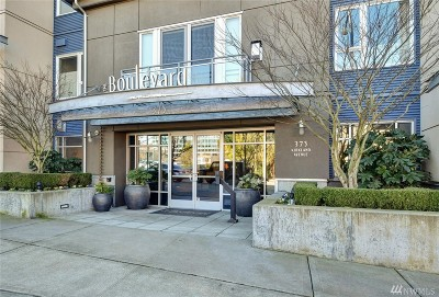 Kirkland Condo/Townhouse For Sale: 375 Kirkland Ave #235