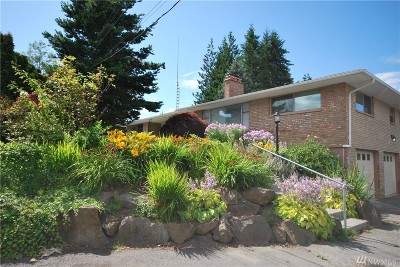 Everett Multi Family Home For Sale: 248 Elm St