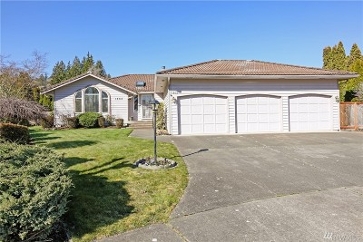 Puyallup Single Family Home For Sale: 1802 12th St SW