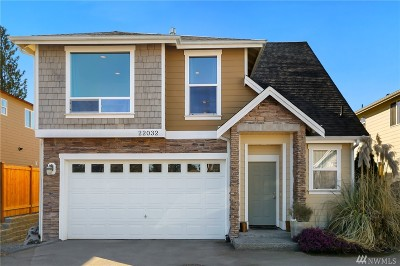 Edmonds Condo/Townhouse For Sale: 22032 86th Place W