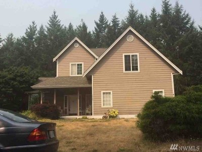 Pierce County Single Family Home For Sale: 1530 12th Lane