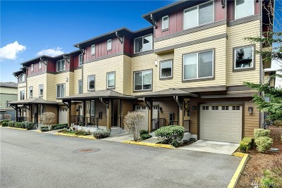 Bothell Condo/Townhouse For Sale: 2115 201st Place SE #G5