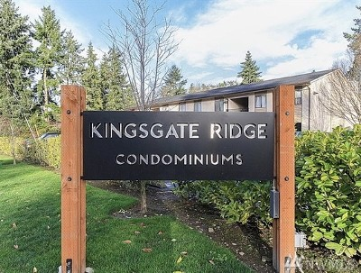 Kirkland Condo/Townhouse For Sale: 14449 127th Lane NE #S30