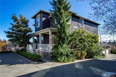Seattle Single Family Home For Sale: 3701 W Fulton #A