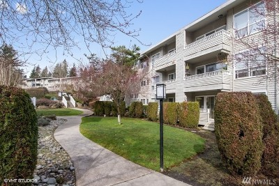 Bellevue Condo/Townhouse For Sale: 12701 NE 9th Place #D202