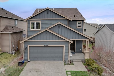 Spanaway Single Family Home For Sale: 2013 201st St E