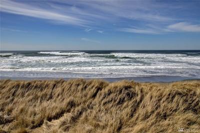 Grays Harbor County Condo/Townhouse For Sale: 1377 Ocean Shores Blvd SW #301