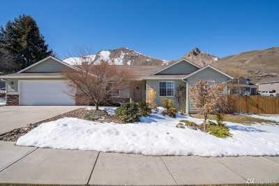 Chelan County Single Family Home For Sale: 612 Grandview Lp