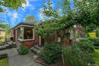 Seattle Single Family Home For Sale: 2350 Boyer Ave E