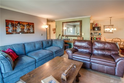 Kirkland Condo/Townhouse For Sale: 11006 NE 68th St #814