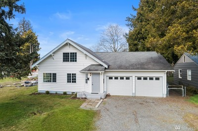 Puyallup Single Family Home For Sale: 417 7th Ave NE