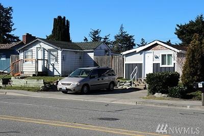 Oak Harbor Multi Family Home For Sale: 141 NE Midway Blvd #A + B