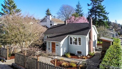 Seattle Single Family Home For Sale: 4411 SW Holly St
