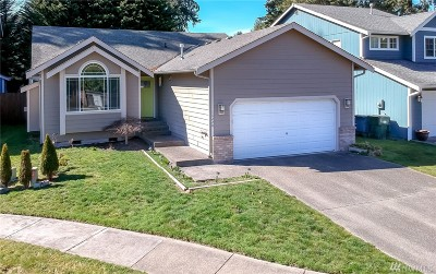 Puyallup Single Family Home For Sale: 15220 88th Av Ct E