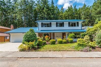 Single Family Home For Sale: 1943 NE Sumner Dr