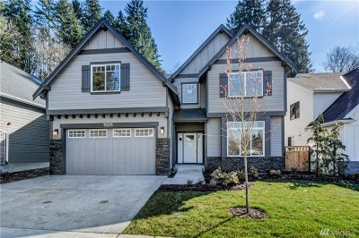Issaquah Single Family Home Contingent: 525 SE Croston Lane