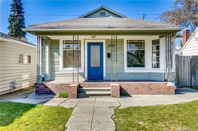 Seattle Single Family Home For Sale: 2709 46th Ave SW