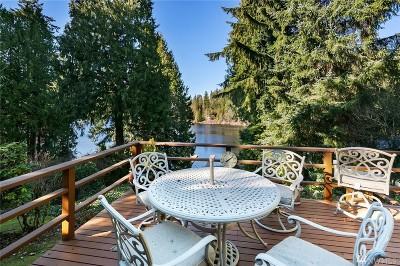 Renton Single Family Home For Sale: 18554 W Lake Desire Dr SE