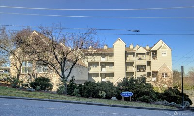 Whatcom County Condo/Townhouse Sold: 705 N State St #202